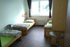 trojlôžková-izba2